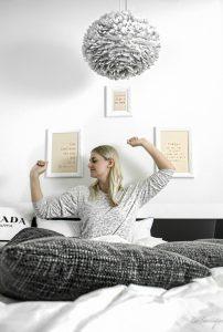 5 coole tipps gegen schlafprobleme in hei en sommern chten mit bruno bett. Black Bedroom Furniture Sets. Home Design Ideas