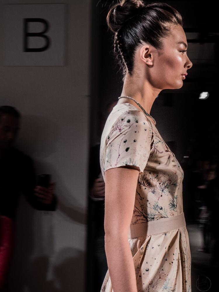 Maisonnoee Fashion Show auf der Mercedesbenz Fashion Week 2017. Fashion Week Tickets und meine Erfahrungen zur den Modenschauen der Fashion Week. Welche Shows sollte man auf der Fashion Week sehen. Coole Fashion Week Sideevents. By Be Sassique Modeblog aus München #fashionweek #fashionweekberlin #mbfw #fashionweek 2017 #mbfwberlin2017 #mbfwb