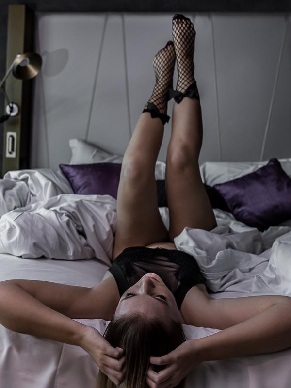 Sex Seils oder warum ein perfekter Körper angeblich so wichtig für deinen Erfolg als Influencer ist. Dessous Fotoshooting, Sexy Frauen, Dessous kaufen Modeblog, Lifestyleblog München