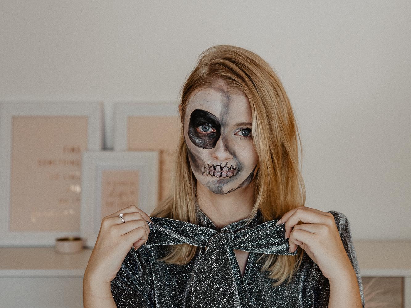 Halloween Schminke Deutsch.Half Skull Halloween Makup Tutorial Mit Drogerieprodukten Halloween Schminken Einfach Anleitung Deutsch Besassique Beautyblog Muenchen 3 Von 7 Be Sassique