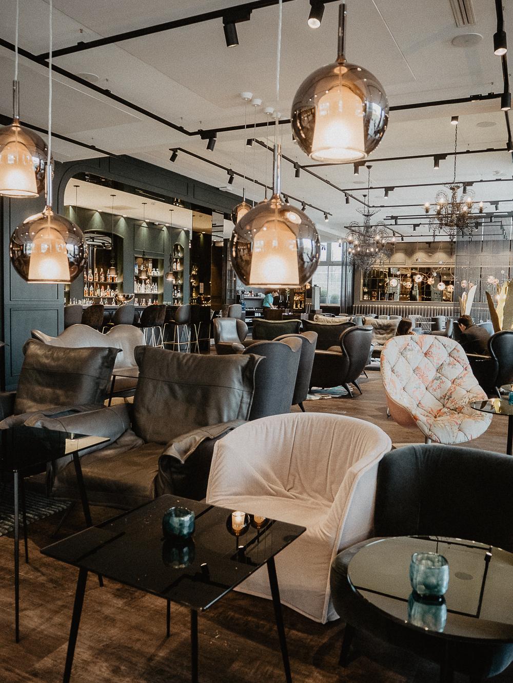 Motel one paris budget design hotel porte doree frankreich for Budget design hotel